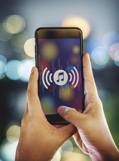 smartphone-music-application-concept-PBSHZW3