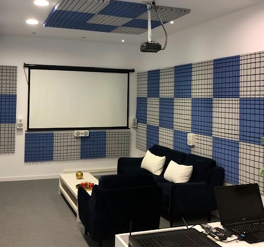 Sala-de-entorno-sonoro-Fonomedical